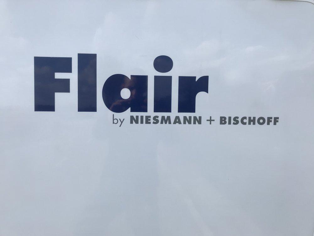 Flair Niesmann Bischoff 6000 i ALDE verwarming! foto: 4