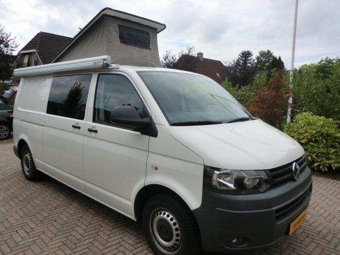 Volkswagen Kampeerbus foto: 0