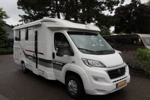 Adria Coral  Axess S600SCT