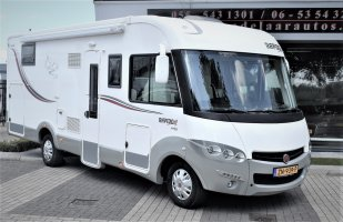 Rapido 890 FF DESIGN EDITION QUEENSBED+HEFBED 2015 nw model!