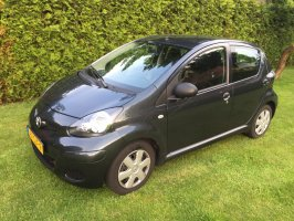 Toyota Aygo with Triangel! Aygo / 5 doors / Now 1