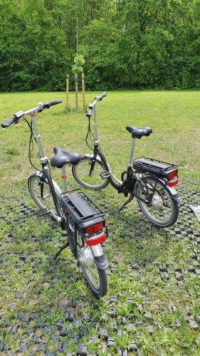 E energy  Electrische vouwfietsen 2 stuks foto: 0