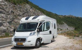 2 pers. Louer un camping-car à domicile à Kortgene? À partir de 109 € pd - Goboony