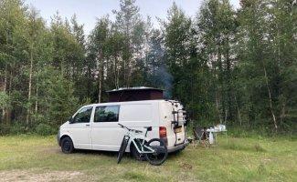 2 pers. Volkswagen camper huren in Voorburg? Vanaf € 79 p.d. - Goboony