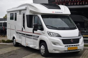 Adria MATRIX PLUS 600SC QUEENSBED+HEFBED EURO6 6000KM CAMPER 2018
