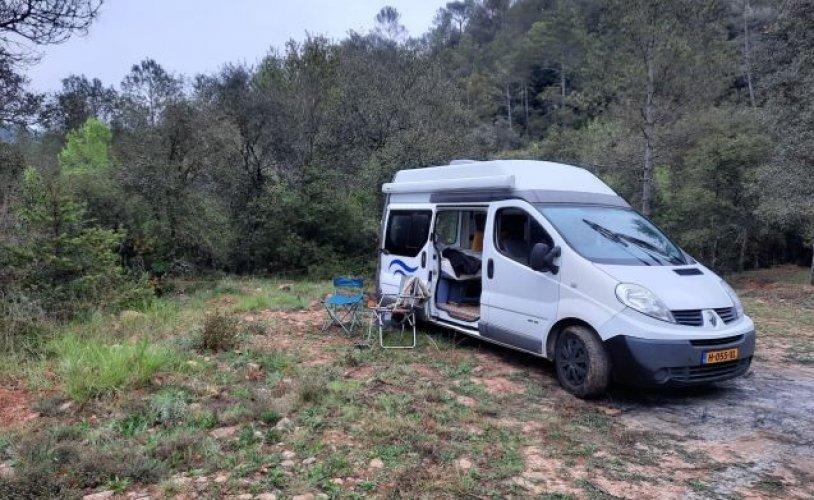 2 pers. Louer un camping-car Renault à Amsterdam? À partir de 79 € pd - Photo Goboony: 0
